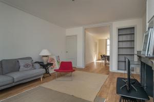 Bekijk woning te huur in Amsterdam Herengracht, € 3875, 100m2 - 392483. Geïnteresseerd? Bekijk dan deze woning en laat een bericht achter!