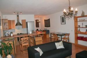 Bekijk appartement te huur in Den Haag Frederikstraat, € 1100, 65m2 - 293389. Geïnteresseerd? Bekijk dan deze appartement en laat een bericht achter!