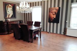Bekijk appartement te huur in Roosendaal Kade, € 1200, 140m2 - 357933. Geïnteresseerd? Bekijk dan deze appartement en laat een bericht achter!