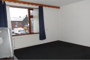 Bekijk kamer te huur in Wolvega Van der Sandeplein, € 300, 12m2 - 387458. Geïnteresseerd? Bekijk dan deze kamer en laat een bericht achter!