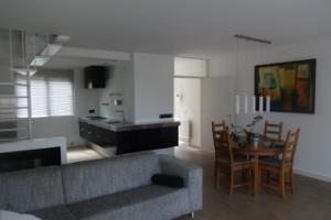 Bekijk appartement te huur in Maastricht Hoogzwanenstraat, € 1350, 120m2 - 291848. Geïnteresseerd? Bekijk dan deze appartement en laat een bericht achter!