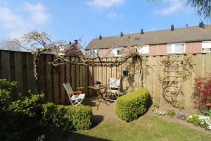 Bekijk woning te huur in Nuenen J. Rudolfhof, € 1250, 102m2 - 364846. Geïnteresseerd? Bekijk dan deze woning en laat een bericht achter!
