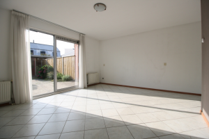 View house for rent in Deventer Annette Versluysstraat, € 950, 105m2 - 372565. Interested? check out this house and leave a message!