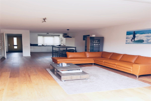 View house for rent in Amersfoort Weberstraat, € 1500, 130m2 - 370672. Interested? check out this house and leave a message!