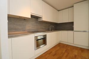 Bekijk appartement te huur in Rotterdam Buitenbassinweg, € 1450, 70m2 - 384469. Geïnteresseerd? Bekijk dan deze appartement en laat een bericht achter!