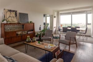 Bekijk appartement te huur in Amsterdam Nachtwachtlaan, € 2150, 98m2 - 375921. Geïnteresseerd? Bekijk dan deze appartement en laat een bericht achter!