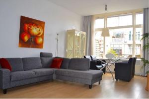 Bekijk appartement te huur in Den Haag Frederik Hendriklaan, € 1250, 117m2 - 383268. Geïnteresseerd? Bekijk dan deze appartement en laat een bericht achter!