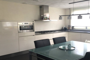 View house for rent in Heeze Piet Smuldersstraat, € 1350, 125m2 - 389329. Interested? check out this house and leave a message!