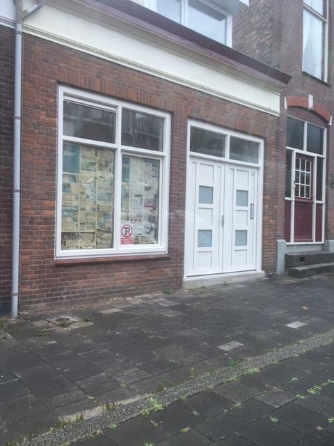 Bekijk woning te huur in Dordrecht Dubbeldamseweg Zuid, € 975, 130m2 - 293055. Geïnteresseerd? Bekijk dan deze woning en laat een bericht achter!