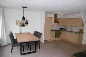 Bekijk appartement te huur in Amstelveen R. Spierlaan, € 1650, 70m2 - 363784. Geïnteresseerd? Bekijk dan deze appartement en laat een bericht achter!