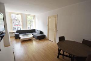 Bekijk appartement te huur in Amsterdam Molukkenstraat, € 1595, 60m2 - 372416. Geïnteresseerd? Bekijk dan deze appartement en laat een bericht achter!