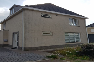 View house for rent in Almere Juventastraat, € 2000, 197m2 - 372339. Interested? check out this house and leave a message!