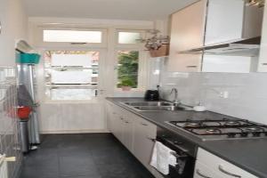 Bekijk appartement te huur in Den Haag Soestdijksekade, € 900, 80m2 - 364856. Geïnteresseerd? Bekijk dan deze appartement en laat een bericht achter!
