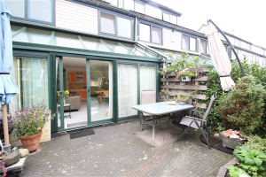 Huizen Huren Amsterdam : Woning jelle posthumapad amsterdam te huur direct wonen