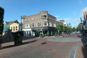 View apartment for rent in Helmond Kromme Steenweg, € 1100, 160m2 - 372264. Interested? check out this apartment and leave a message!