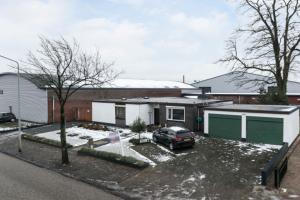 Bekijk woning te huur in Roosendaal Leemstraat, € 1600, 168m2 - 356414. Geïnteresseerd? Bekijk dan deze woning en laat een bericht achter!