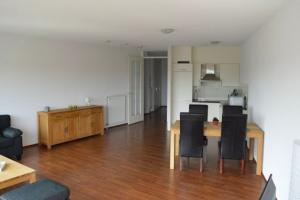 Te huur: Appartement Oosterbakenpad, Hoogvliet Rotterdam - 1