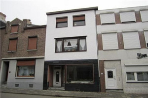View room for rent in Kerkrade Bleijerheiderstraat, € 375, 20m2 - 361631. Interested? check out this room and leave a message!