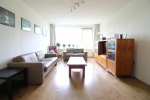 Bekijk appartement te huur in Dordrecht Schaperstraat, € 1150, 95m2 - 370983. Geïnteresseerd? Bekijk dan deze appartement en laat een bericht achter!