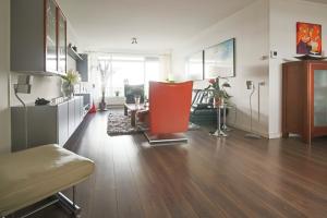 Bekijk appartement te huur in Capelle Aan Den Ijssel Valeriusrondeel, € 1095, 300m2 - 349704. Geïnteresseerd? Bekijk dan deze appartement en laat een bericht achter!