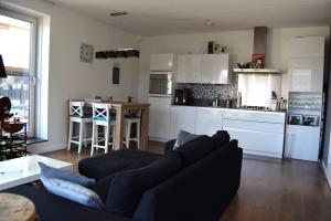 Bekijk appartement te huur in Eindhoven Dr Cuyperslaan: Luxe gestoffeerd 2-kamer appartement incl parkeerplaats en ber... - € 957, 55m2 - 345425