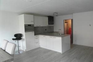 Bekijk appartement te huur in Hoofddorp Marktlaan, € 1675, 82m2 - 394264. Geïnteresseerd? Bekijk dan deze appartement en laat een bericht achter!