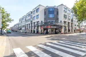 View studio for rent in Apeldoorn Marktplein, € 555, 27m2 - 368810. Interested? check out this studio and leave a message!