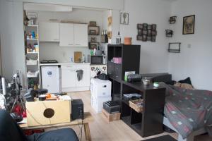 Bekijk kamer te huur in Leiden Roomburgerlaan, € 739, 24m2 - 383948. Geïnteresseerd? Bekijk dan deze kamer en laat een bericht achter!