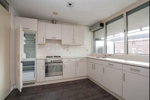 Bekijk appartement te huur in Schiedam Emmaplein, € 1150, 80m2 - 299033. Geïnteresseerd? Bekijk dan deze appartement en laat een bericht achter!