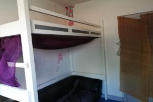 Bekijk kamer te huur in Tilburg Van Maerlantstraat, € 185, 12m2 - 364749. Geïnteresseerd? Bekijk dan deze kamer en laat een bericht achter!