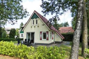 Bekijk woning te huur in Heeten Zonnenbergerdijk, € 735, 80m2 - 371652. Geïnteresseerd? Bekijk dan deze woning en laat een bericht achter!