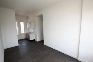 Bekijk appartement te huur in Apeldoorn Elsweg, € 635, 30m2 - 345596. Geïnteresseerd? Bekijk dan deze appartement en laat een bericht achter!