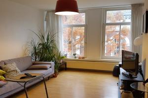 Bekijk appartement te huur in Amsterdam Plantage Muidergracht, € 2100, 90m2 - 335763. Geïnteresseerd? Bekijk dan deze appartement en laat een bericht achter!