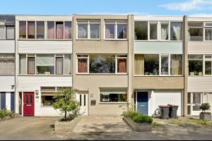 Bekijk woning te huur in Tilburg Bachlaan, € 995, 137m2 - 293491. Geïnteresseerd? Bekijk dan deze woning en laat een bericht achter!