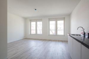 Bekijk appartement te huur in Den Haag Nieuw-Rozenburgstraat, € 720, 32m2 - 381546. Geïnteresseerd? Bekijk dan deze appartement en laat een bericht achter!