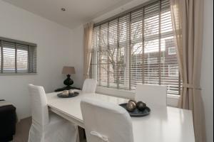 Bekijk appartement te huur in Schiedam Singel, € 875, 165m2 - 285290. Geïnteresseerd? Bekijk dan deze appartement en laat een bericht achter!