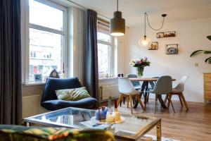 Bekijk appartement te huur in Amsterdam Olympiaweg, € 1775, 55m2 - 357836. Geïnteresseerd? Bekijk dan deze appartement en laat een bericht achter!