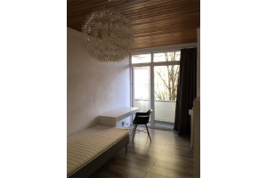 Bekijk kamer te huur in Den Haag Lijnbaan, € 425, 15m2 - 296346. Geïnteresseerd? Bekijk dan deze kamer en laat een bericht achter!