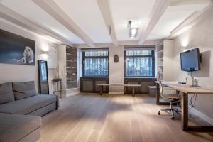 Bekijk appartement te huur in Amsterdam Herengracht, € 2000, 78m2 - 391512. Geïnteresseerd? Bekijk dan deze appartement en laat een bericht achter!