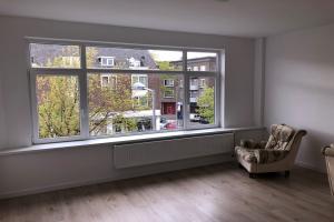 Bekijk kamer te huur in Rotterdam Wolphaertsbocht, € 495, 42m2 - 366120. Geïnteresseerd? Bekijk dan deze kamer en laat een bericht achter!