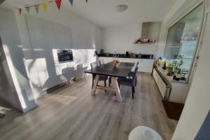 For rent: Room Zuid-Hollandstraat, Amsterdam - 1