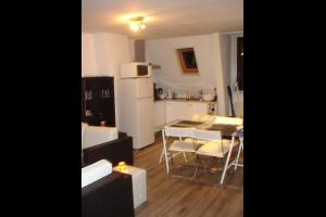 Bekijk appartement te huur in Haarlem Schoterweg, € 995, 65m2 - 293395. Geïnteresseerd? Bekijk dan deze appartement en laat een bericht achter!
