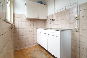 Bekijk appartement te huur in Rotterdam Zweedsestraat, € 720, 83m2 - 364631. Geïnteresseerd? Bekijk dan deze appartement en laat een bericht achter!
