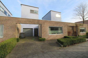 Bekijk woning te huur in Zwolle Gouverneurlaan, € 1395, 150m2 - 340475. Geïnteresseerd? Bekijk dan deze woning en laat een bericht achter!