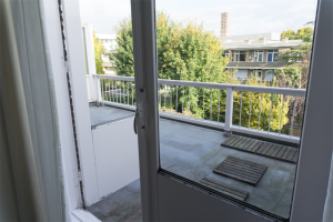 View room for rent in Den Haag Emmastraat, € 680, 16m2 - 374583. Interested? check out this room and leave a message!