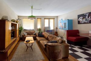 Bekijk appartement te huur in Eindhoven Aalsterweg, € 1350, 100m2 - 348652. Geïnteresseerd? Bekijk dan deze appartement en laat een bericht achter!