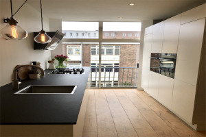 View room for rent in Amsterdam Holendrechtstraat, € 849, 12m2 - 373024. Interested? check out this room and leave a message!