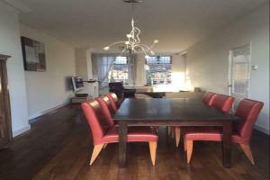 Bekijk appartement te huur in Haarlem Leidseplein, € 2100, 100m2 - 390447. Geïnteresseerd? Bekijk dan deze appartement en laat een bericht achter!