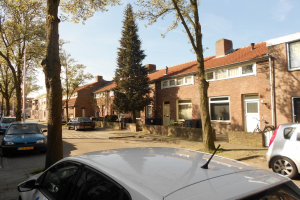 View house for rent in Tilburg J. Scharpstraat, € 1000, 100m2 - 366262. Interested? check out this house and leave a message!