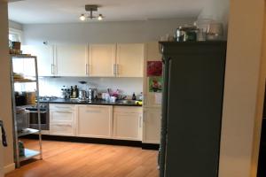 Bekijk appartement te huur in Amsterdam Sassenheimstraat, € 840, 80m2 - 366989. Geïnteresseerd? Bekijk dan deze appartement en laat een bericht achter!